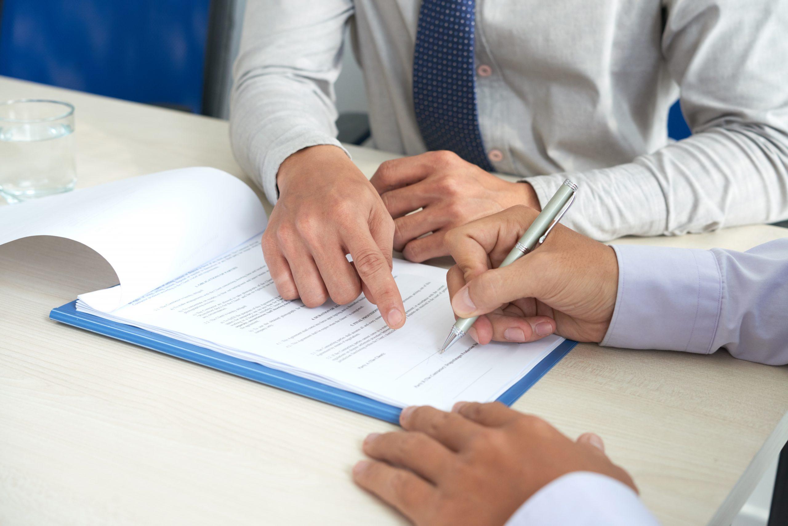 Firma o huella digital; eficaces indistintamente para acreditar renuncia de trabajadores